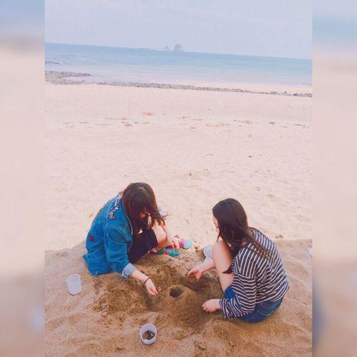 Beach Friend Sandcastle Goback Photography Photo Korea Southkorea Jeju Jeju Trip Travel
