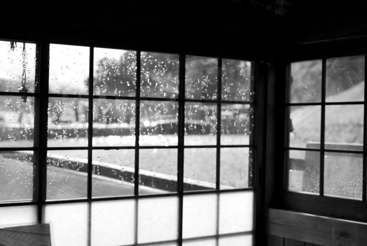 Window Glass Winter Houseboat 冬 Window EyeEm Bnw Black And White Monochrome