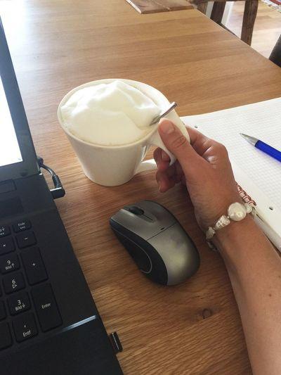 Little Break 60168 Coffee Coffee Break Laptop Mouse Working Daywork Sunlight Little Break Break Morning Hand Woman One Hand