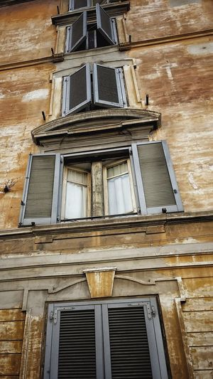 Architecture Window Low Angle View Built Structure Building Exterior Day No People Outdoors Rome's Windows Eternal City