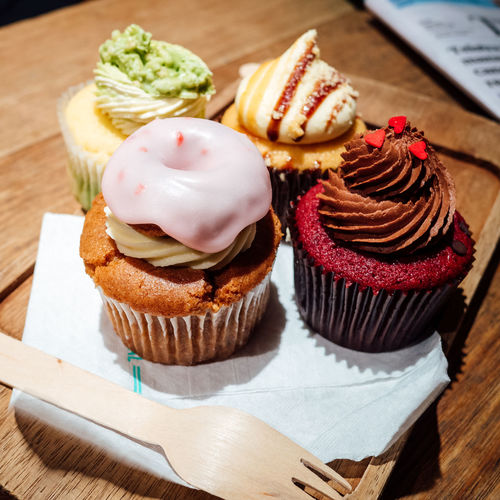 Baked Break Time Cafe Close-up Cupcakes Delicious Dessert Food Food And Drink Indulgence Ready-to-eat Snack Sweet Food Temptation