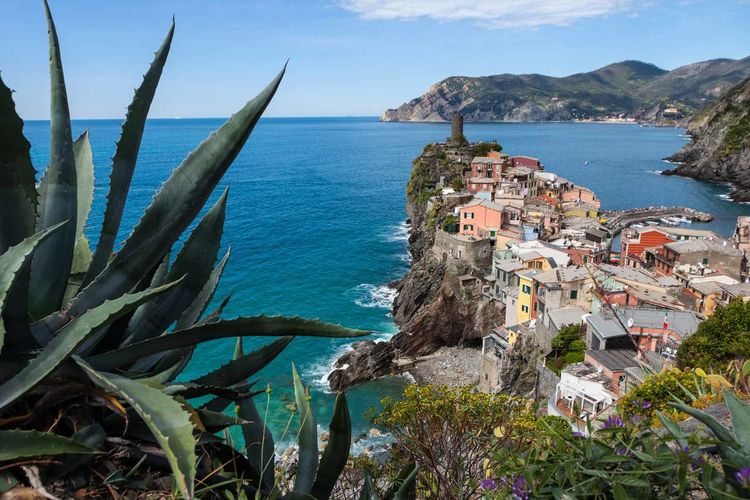 5 Terre Architecture Beauty In Nature Blue Building Exterior Built Structure Day Fisherman Village Horizon Over Water Italy Liguria Mediterranean  Nature No People Outdoors Scenics Sea Sky Tourism Travel Destinations Water