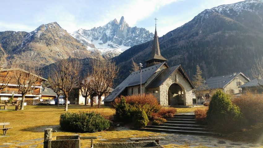 Church in Chamonix Snowcapped Mountain Clear Sky Mountains And Sky Day Building Exterior Church Travel Destinations Outdoors Place Of Worship Beauty In Nature Sky Winter Snow ❄ First Eyeem Photo No People Tree EyeEmNewHere