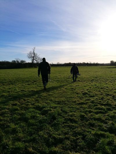 The Detectorists Sunny Wellies  Landscape Detectorists Metal Detecting Metal Detector Hunting For Coins Tree Rural Scene Agriculture Scarecrow Field Sky Landscape EyeEmNewHere