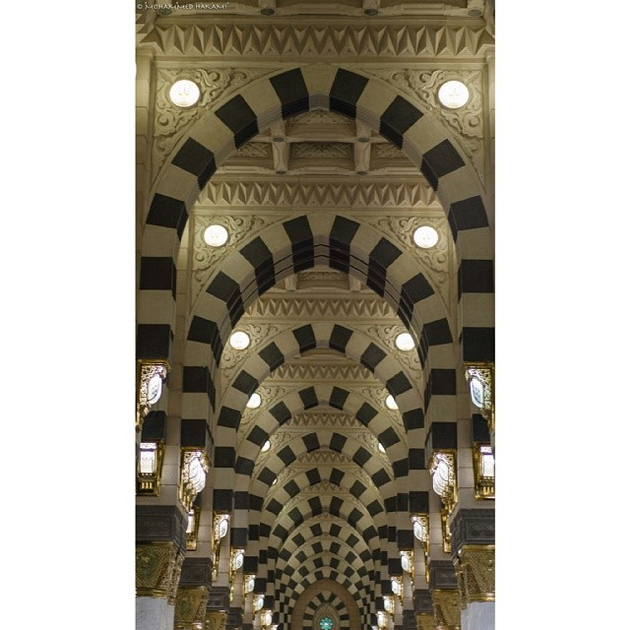 architecture, built structure, arch, building exterior, low angle view, place of worship, famous place, religion, indoors, transfer print, church, history, travel destinations, spirituality, tourism, international landmark, cathedral, architectural feature, ornate
