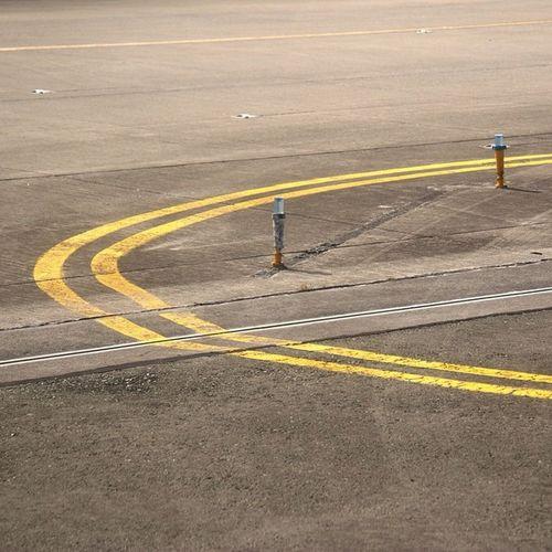 Runway Lines
