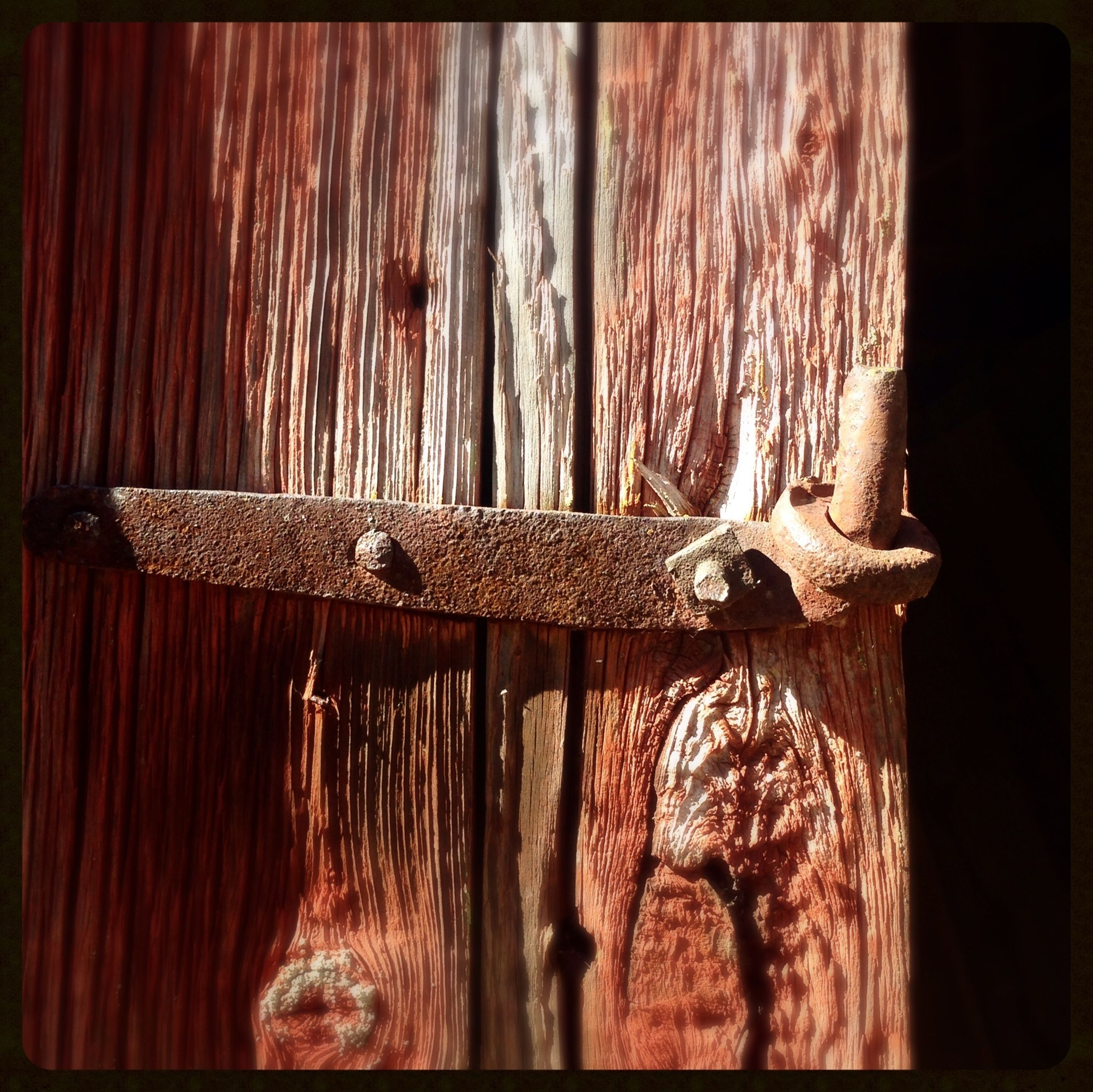 wood - material, indoors, close-up, wooden, old, wood, still life, rusty, metal, no people, wall - building feature, hanging, day, textured, weathered, art and craft, auto post production filter, table, wall, plank