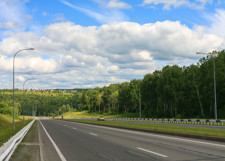 Cloud - Sky Day Diminishing Perspective Direction Dividing Line Green Color Land Marking No People Outdoors Road Road Marking Siberia Sky Summer The Way Forward Transportation