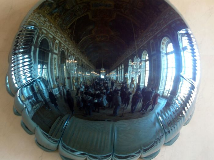 Versailles - Paris Expo Jeff Koons Reflection Sculpture Optical Effect ... Which Reminds Me... I Gotta' Practice My Robot!