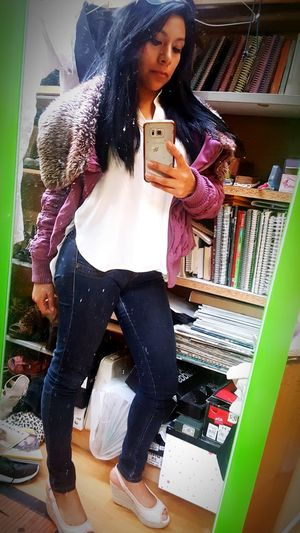 Viernes casual... Friday ✌ Godínez Casual Pretty Girl Morena Pretty Me  Beautiful People Women Morenita Morenita C: Selfie😎 Selfiegirls One Woman Only Morena ❤ SelfieInMirror SelfieQueen💋