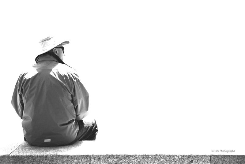 Alone in nowhere. Bnw_friday_eyeemchallenge _loneliness_ Streetphotography Monochrome