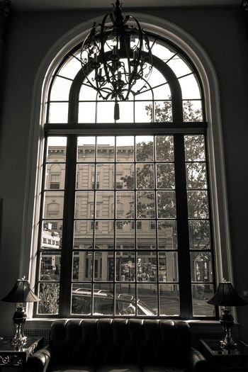 An old time view on a modern world through the window Blackandwhite Black&white Window Oldwindow Architectural Feature Architecture Oldarchitecture Streetview Viewthroughthewindow Viewthroughwindow Windowpane Curved  Hotel Bethlehem Bethlehempa Pennsylvania Lobby