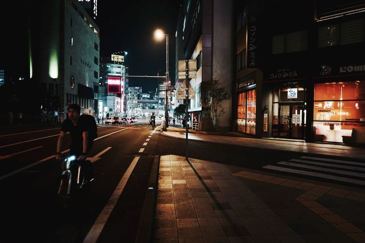 On The Street Corner in Tenjin, Fukuoka-shi : rambling with a LEICA Q 28mm F/1.7 One Shot Photography Perspectives And Dimensions The Street Photographer - 2017 EyeEm Awards Street Photography Nightphotography Snapshots Of Life Snap a Stranger Mode Of Transport Illuminated Riding Real People 福岡市 天神 三光橋あたり 31, May 2017 2nd shot de Good week