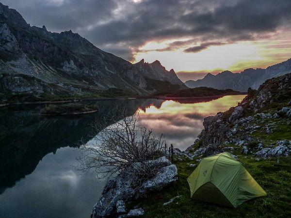 Somiedo Asturias Paraiso Natural🌿🌼🌊🌞 Lago Del Valle Mountain Mountain Peak Beauty In Nature Nature