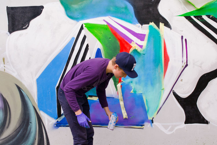 Art Art, Drawing, Creativity Boy Casual Clothing Creativity Geometric Shape Graffiti Guy Modern Modern Art Outdoors Painter Perple Person Street Photography Young Young Adult Young Men Youth Of Today