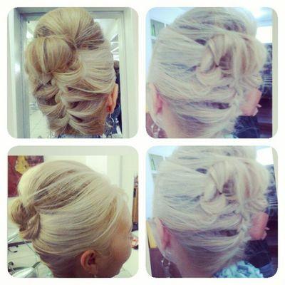 Penteado rapido, 5minutos e tcham! Hair Hairdesing Hairstyle Fashionhair coiffeur haircoiffeur starhair penteados cabelos desing cabeleireiro tranças loira platinada