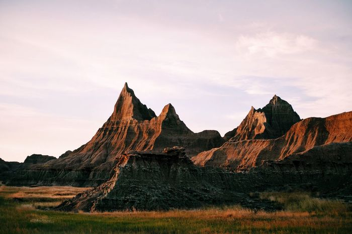The Badlands, like another planet. Naturelovers Naturephotography Landscape Mountains Adventure Club EyeEm Best Shots - Nature Eye4photography  Outdoors Earth Adventure Beauty In Nature Magic Hour Light