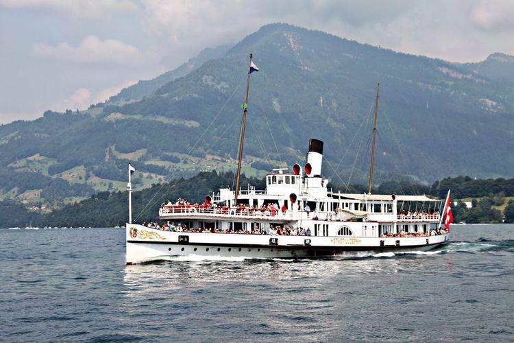 Dampfschiff Stadt Luzern Schiff Vierwaldstättersee Stadt Luzern Dampfschiff EyeEmNewHere A New Beginning This Is Strength
