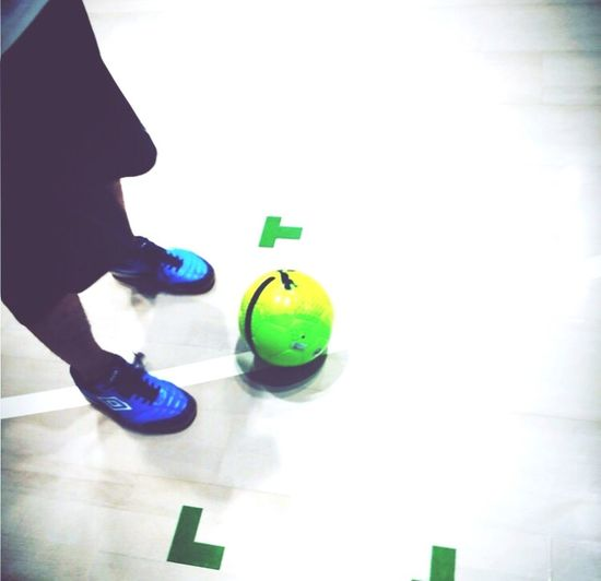Soccer Footsal Gym Shoes Sport Football One Person One Man Only Men Indoors  Low Section Green Color Human Leg