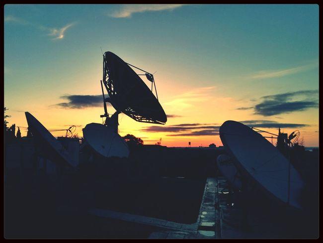 Virei novamente a antena para o EyeEm. :) Sunrise Skyporn Competition First Thing I See
