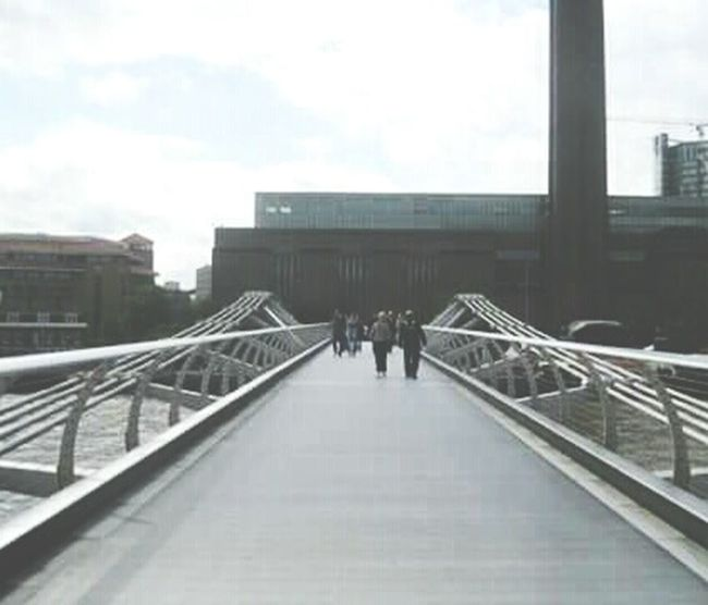 Millenium Bridge Ponte Ponti Bridge Bridges Walk London Londra Passeggiata Architecture Architettura