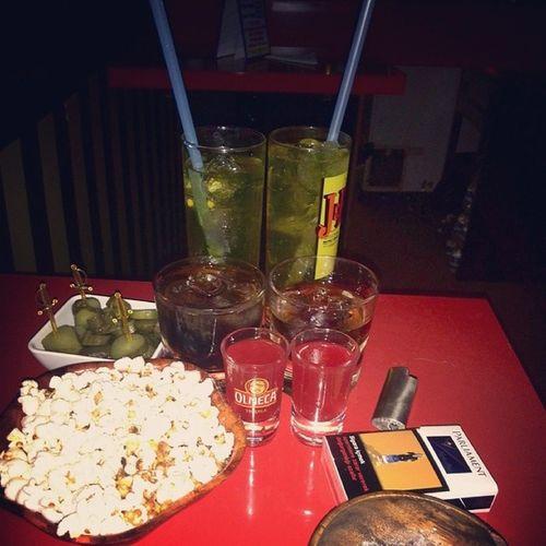 İki kisiyiz biz ya bu kadar icki ne ara oldu Drunk Alcholic  Instagram Gazikadinlar
