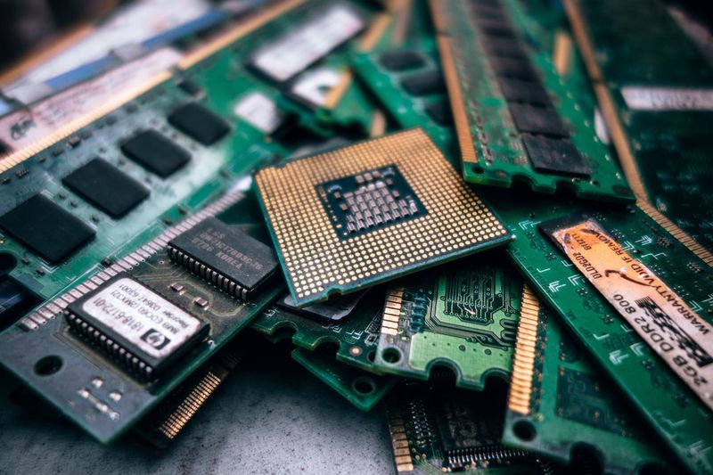 My Heart Is Break First Eyeem Photo EyeEm Selects Mother Board Computer  Chip Technology Computer Part