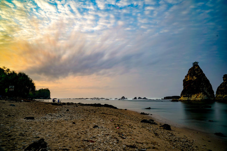 City Sea Beach Sunset Water Sky Architecture Building Exterior Cloud - Sky Rock Formation