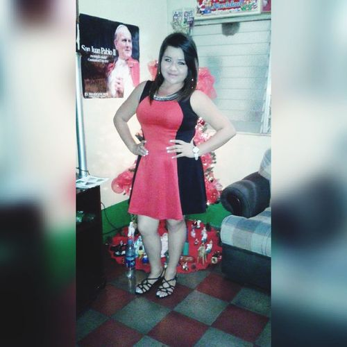 Unos Años Atrás 😍💖🙊 Christmastime December 2015 Young Women Friendship Full Length Togetherness Bonding Child Standing Girls