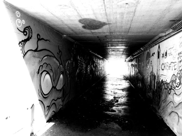 A glittering flash of light. I love this place. The Art Of Street Photography Shadows & Lights Heart Freedom Of Expression Streetphotography_bw Photographing Black And White Flash Blackandwhite Photography Bnwphotography Walking Around Taking Pictures Sparkle UrbanART The Light At The End Of The Tunnel Graffiti Street Art Modern Art
