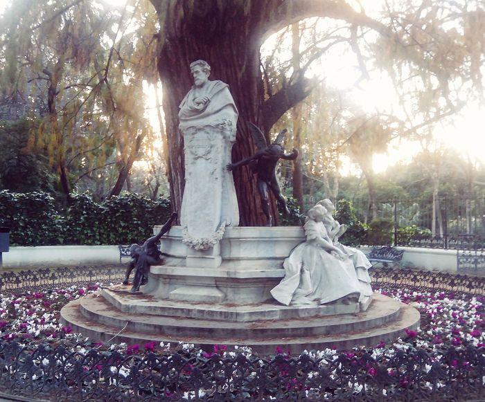 Sevilla Plaza De España Glorieta De Becquer Parque De Maria Luisa