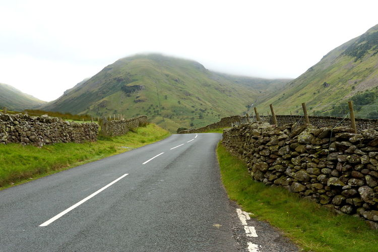 Dry Stone Walls Infinity Landscape Lean Misty Mountains Overcast Road United Kingdom Way