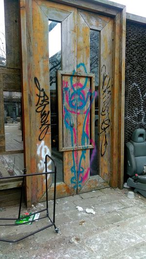 entrance. photo by Shell Sheddy Streetphotography Street Documentary Photography Shellsheddyphotography Sheshephoto The Street Photographer - 2018 EyeEm Awards The Photojournalist - 2018 EyeEm Awards Multi Colored Street Art Graffiti Art And Craft Architecture Close-up Built Structure Entryway Entry Door ArtWork Spray Paint Front Door