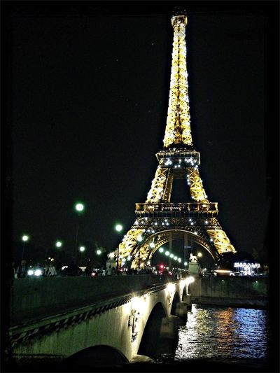 One last visit to the Eiffel Tower Paris Europeanholiday Mon Amour Eiffel Tower