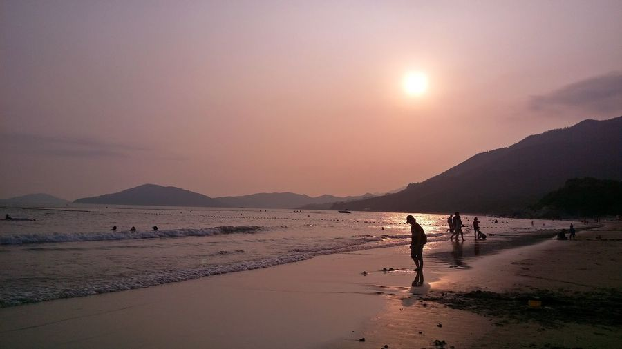 God's Creation HONG KONG BEACH Like Oil Painting Sunset_collection Swimming Beach In Hong Kong Beauty Of Hong Kong Beauty Of Nature Purple Color Summer Summer In Hong Kong Swimming At The Beach Take Breath Away EyeEmNewHere The Great Outdoors - 2018 EyeEm Awards