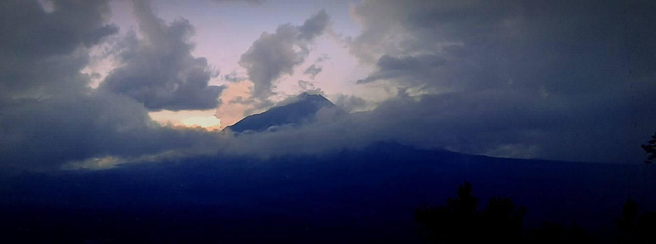 this photo taken using Samsung galaxy J2. First Eyeem Photo Mountain View Galaxy Camera GalaxyJ2 Likealways