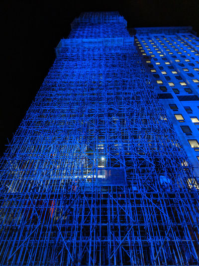 Scaffolding mega structure Structures & Lines Structure Scaffolding Building Exterior Matrix London Glowing Night Photography Man Made Structure Futuristic Metal Structure Metal Industry Construction Construction Site Construction Work Vision Modern Architecture Modernism Urban Hell Cityscapes Skyscraper View From Below Low Angle View Perspective Illumination Illuminated Metropolis Downtown Waterloo Night