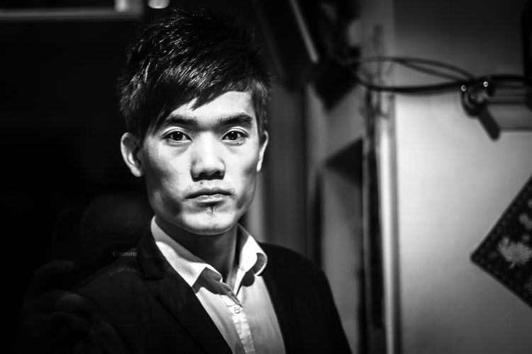 Him Candid Portraits Canon EOS 7D Chinatown London Eyes Front View Portrait Streetartistry Streetphotography