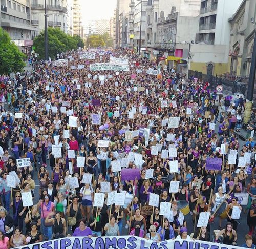 Group of people Crowd Large Group Of People Group Of People Architecture City Building Exterior Street Built Structure Real People Day Protest Women Outdoors Lifestyles High Angle View Event Celebration Building Abundance Protestor