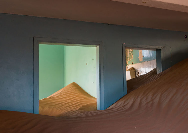 Sand in abandoned rooms
