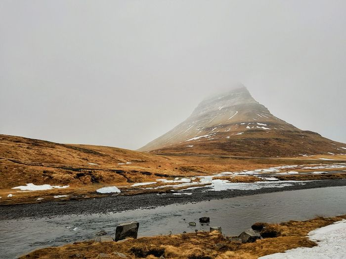 Travel Travel Destinations Note8photo Iceland Travel Destinations Travel Snow Mountain Cold Temperature Polar Climate Winter Snowcapped Mountain Natural Phenomenon Sky Landscape Cloud - Sky Volcanic Landscape Volcanic Rock Natural Landmark Dramatic Landscape Frozen Water Geology Foggy Physical Geography