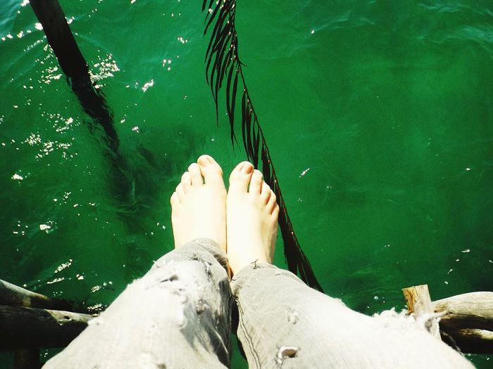 Barefoot Relaxing Hi! Sunshine Sea