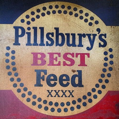 Feed Circular Circulove Pillsbury Type typography lettering LEADing SIGN signage farm advertisment round circles almaproject