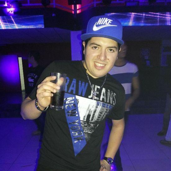 Excelente  el Krret en @ClubDivino DiaDelTrabajador en DivinoSantiago