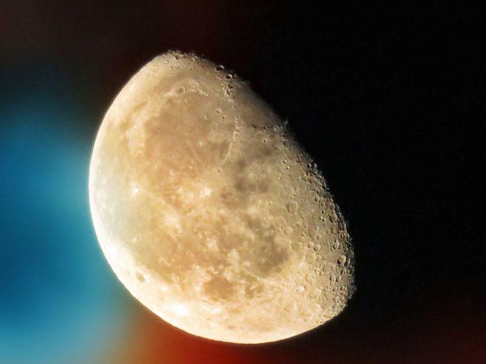 月 月光 半月 空 夜空 月明かり Moon Moonlight Moon Night Half Moon Astronomy Beauty In Nature Dramatic Sky EyeEm Best Shots EyeEm Gallery EyeEm Nature Lover Nature Nature Space Exploration Close-up Scenics Sky Beauty In Nature 写真好き