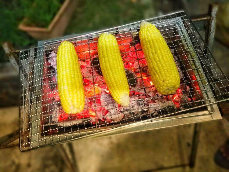 Roasted Corn Corn Roasted Burn Yummy Snacktime Bbq Night Bbqtime EyeEm Ready