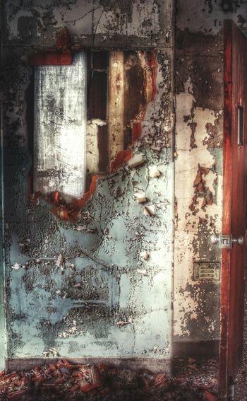 нσℓє ιи тнє ωαℓℓ Urbex Abandoned Buildings Abandonment_issues EyeEm_abandonment Abandoned Places Abandonedasylum Grime Wall