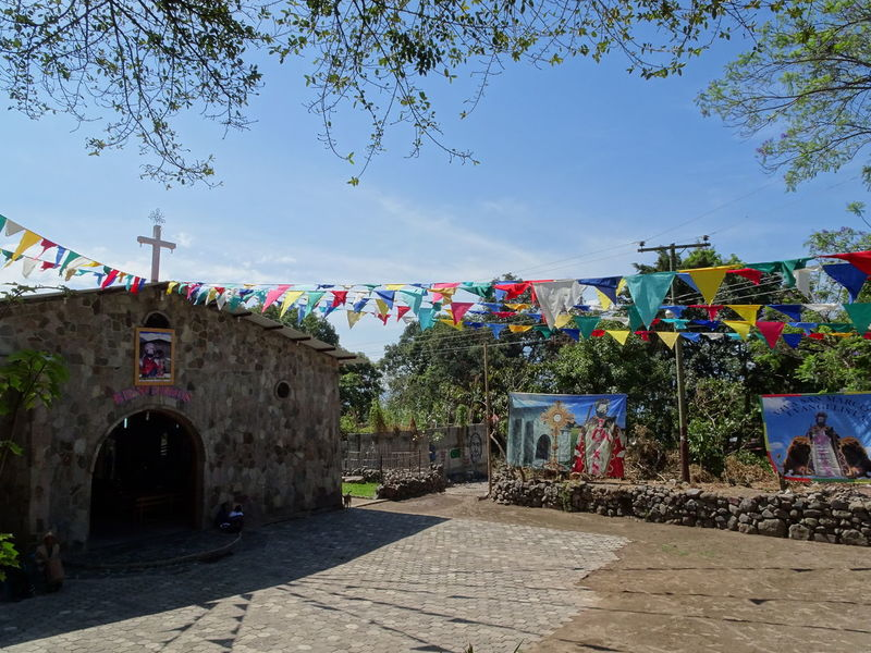 church⛪ Flags Colorful Latin America This is Latin America Park Parque  Historical Place Town TOWNSCAPE Village Village Life Lake Life Good Weather Goodday Walking Alone... Vacation Destination Vacation Viaje Travelingtheworld  Traveling The World No Journey No Life Multi Colored Flag Sky Architecture Graffiti Street Art Castle Historic Fort