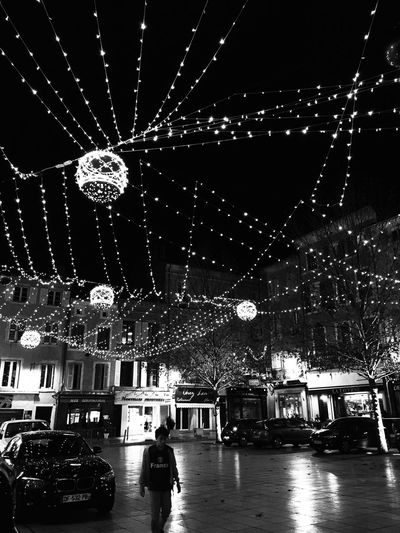 Lights Bnw_friday_eyeemchallenge Bnw_nights Night Lights Bnw_collection Black And White Collection  Shootermag_france AMPt_community City Lights Nightphotography Nightlights