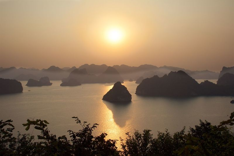 Scarve at Sunset Sunset Beauty In Nature Scenics Nature Mountain Water Tranquility